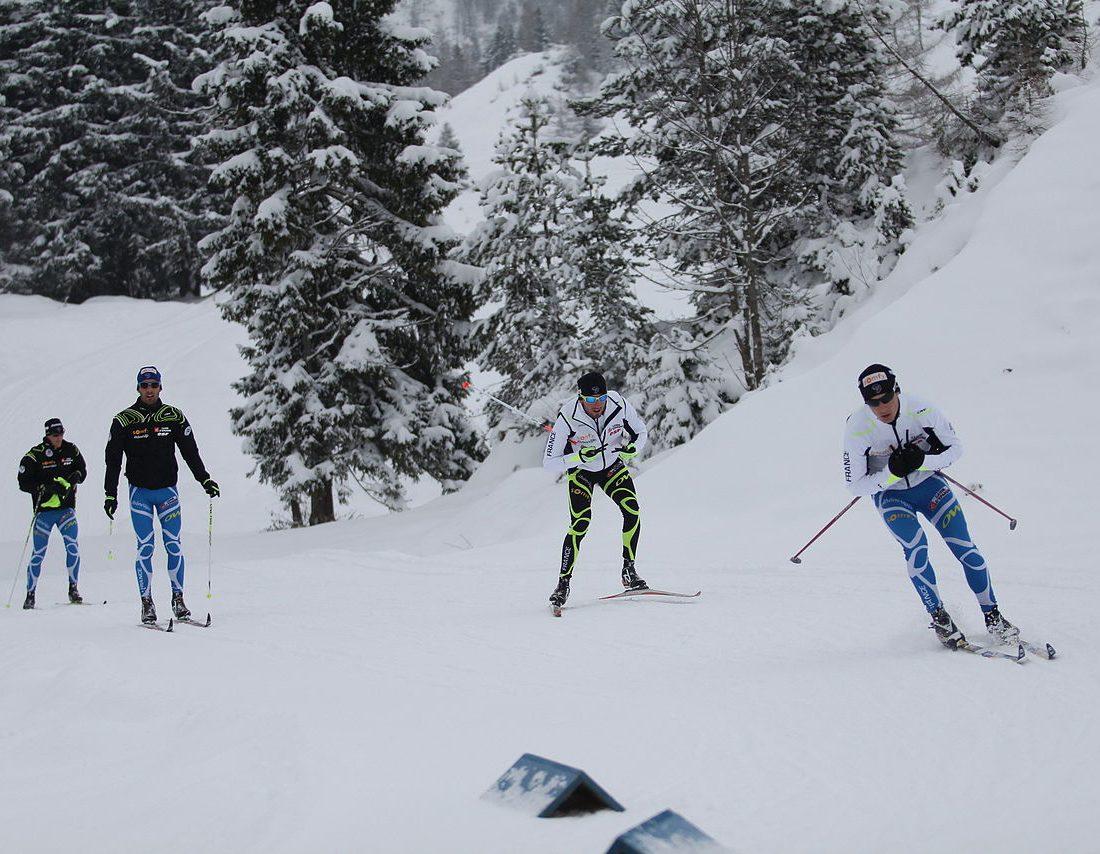 1280px-2012-12-04_Biathlon_Hochfilzen_TR_171_V_Jay,_M_Fourcade,_JG_Beatrix,_A_Boeuf_(FRA)
